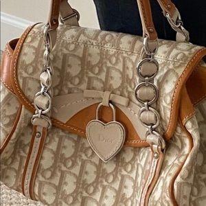 💥💥💥🎈🎈🎀🎀Authentic Dior bag.